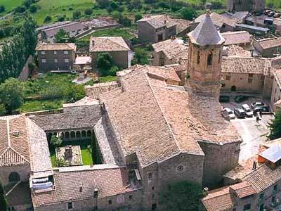 Roda de is bena pirineo aragon s huesca turismo rural rom nico - Casa rural en pirineo catalan ...